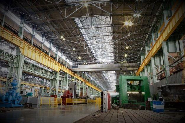 เครนโรงงาน